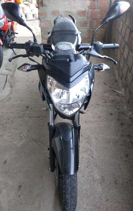 Vendo Moto Pulsar 2014
