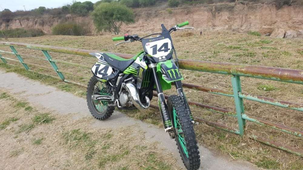 Car Black Automotores Kx125