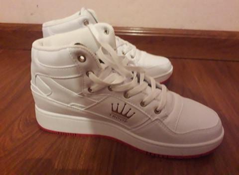Vendo zapatos americanos para hombre marca  TROOP