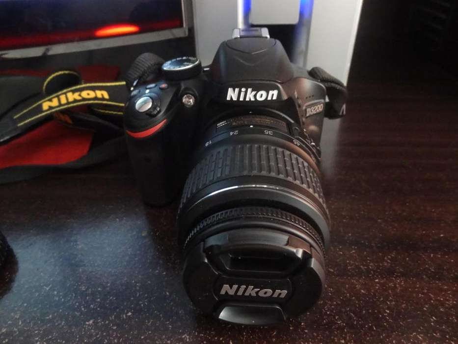Nikon D3200 Lentes 18 55mm VR