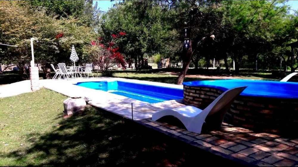 wz57 - Cabaña para 2 a 5 personas con pileta y cochera en Termas De Rio Hondo