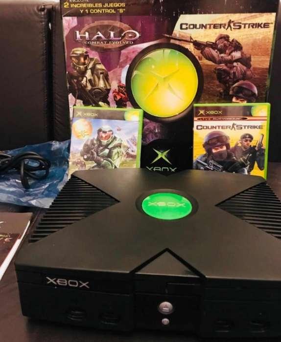 Vendo Xbox Clásico con 4 Controles En280