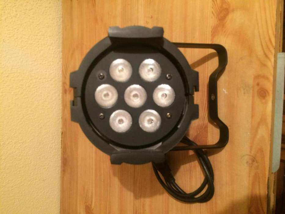 Luz Led de 7x10 watts