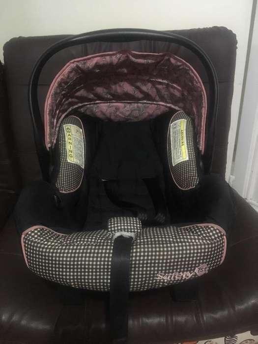 Vendo Silla Bb para Carro Safety 1Set