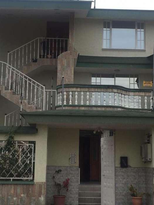 ARRIENDO DEPARTAMENTO TIPO <strong>duplex</strong> CAPELO VALLE DE LOS CHILLOS 0992553320
