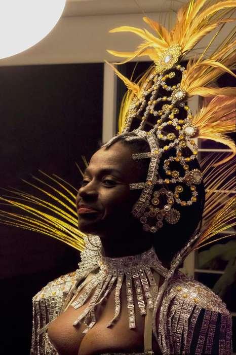 Venta de <strong>traje</strong> de Carnaval