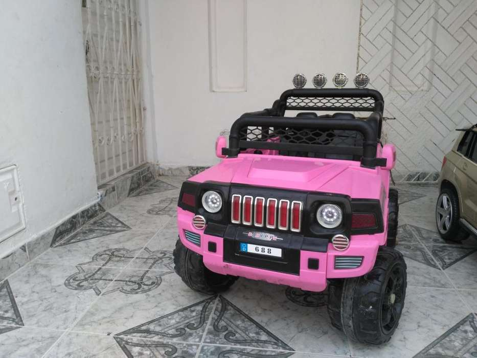 Vendo hermoso Jeep elctrico grande para nios