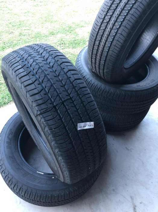 Cubiertas Bridgestone 265 65 17 Dueler AT NUEVAS SIN USO, HILUX, RANGER, AMAROK, FRONTIER, ETC