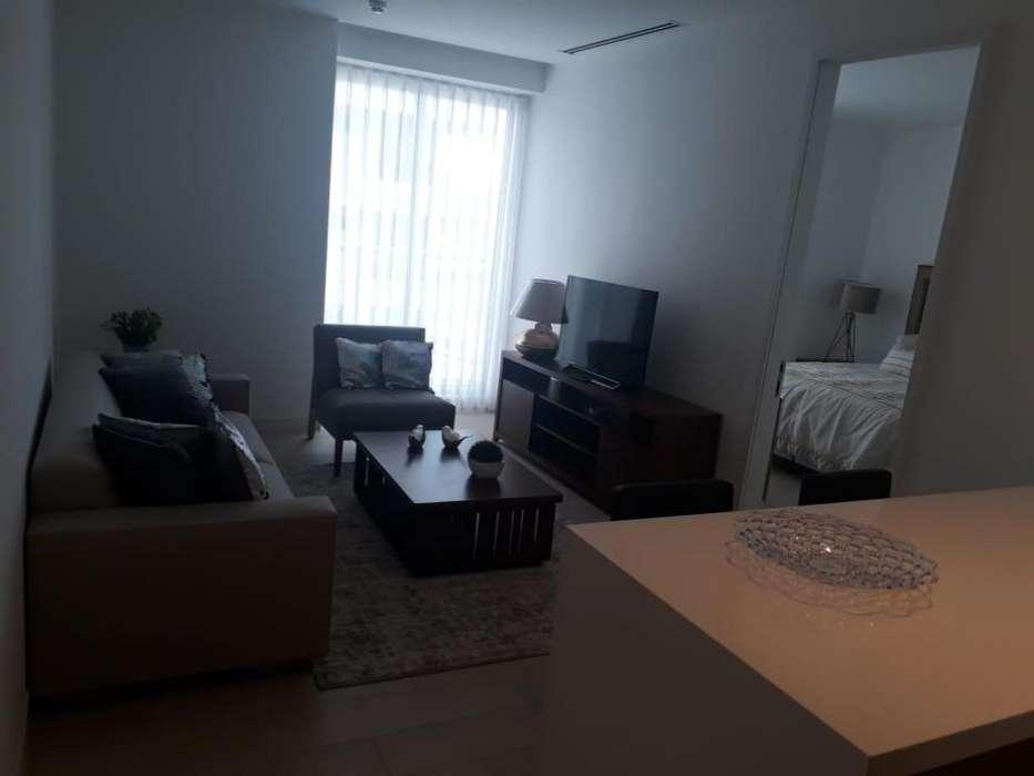 Rento suite 65mts2, amoblada, Sector Gonzales Suarez, Edificio YOO.