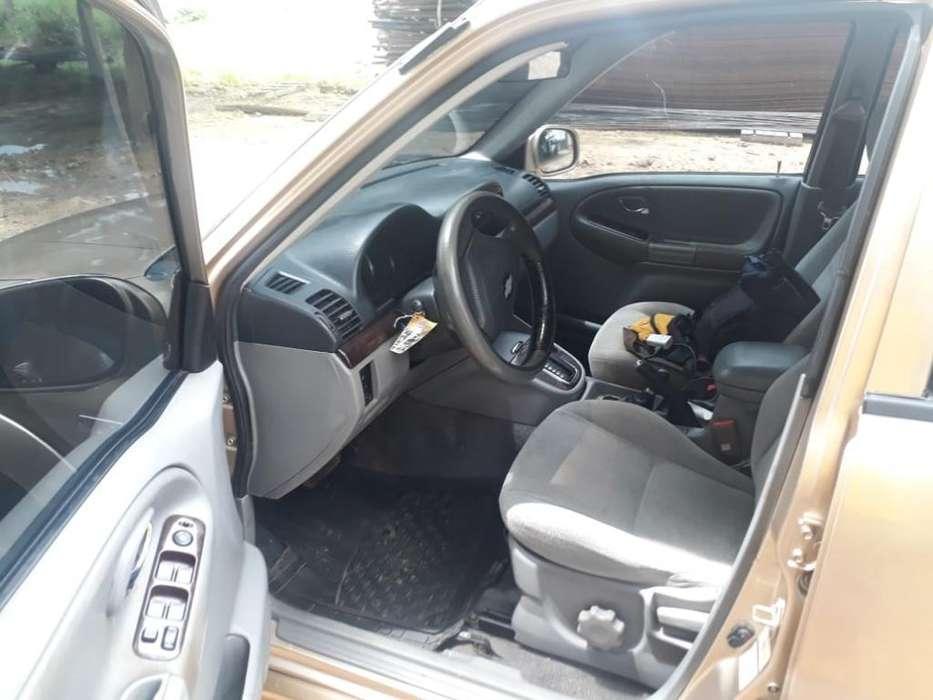 Chevrolet Grand Vitara 2005 - 190000 km