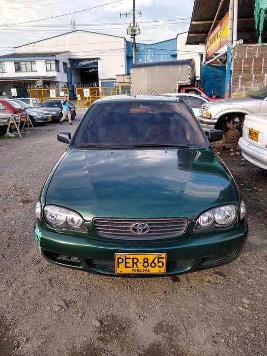 Toyota Corolla 2002 - 3535 km