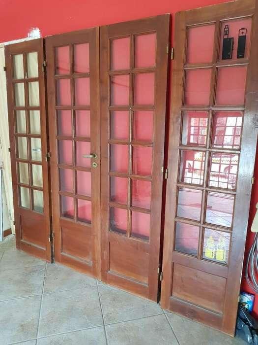 Puertas de Cedro de 4 hojas. Completa para instalar.