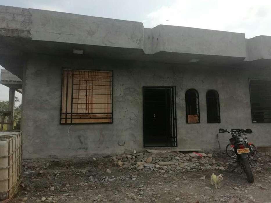 Vendo Casa Grande 12x11 Baños Internos.
