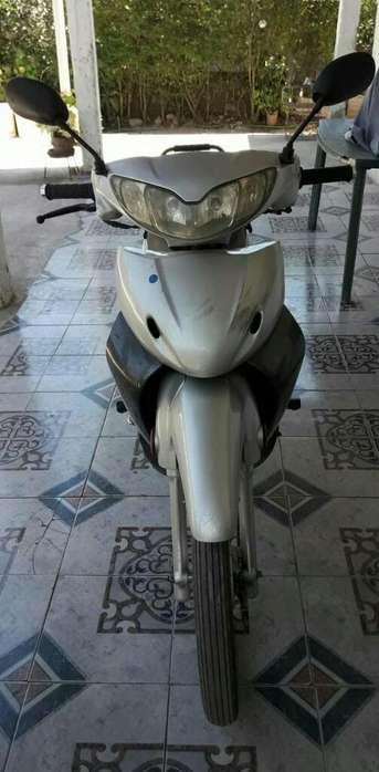 Vendo Moto Corven Mirage 110