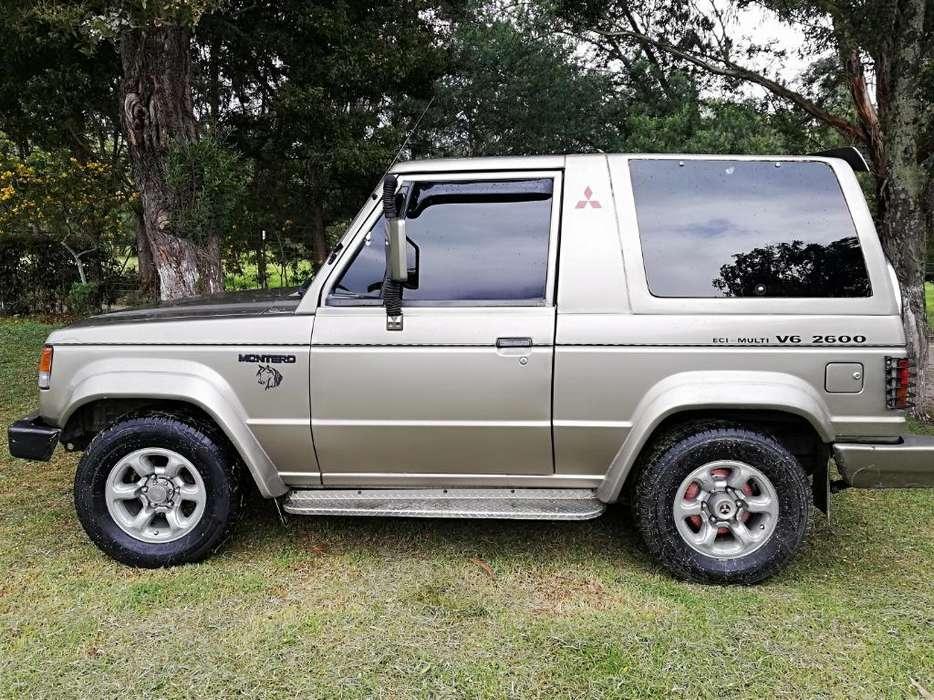 Mitsubishi Montero 1991 - 448125 km