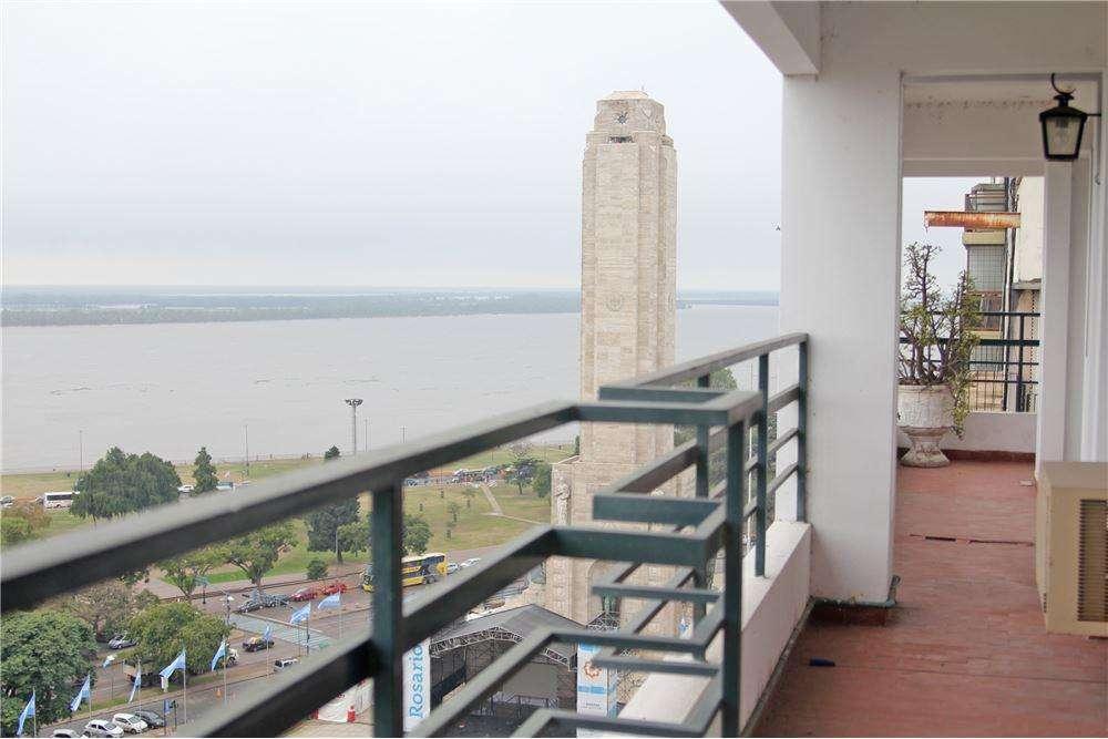 Departamento 3 dormitorios c/cochera.Vista al Rio.