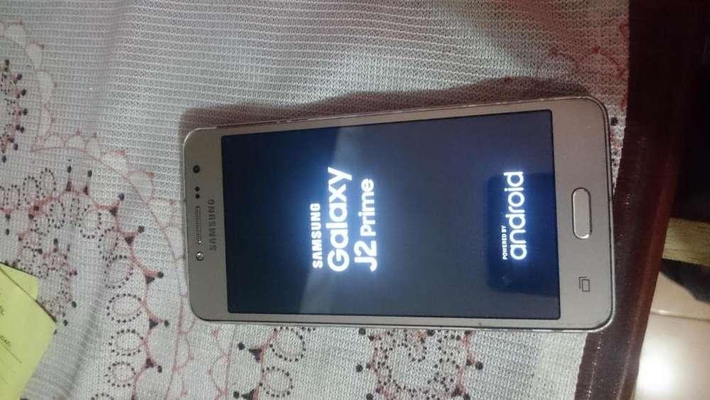 Samsung j2 con o sin estuche para mujer el <strong>celular</strong> en el sur de Quito