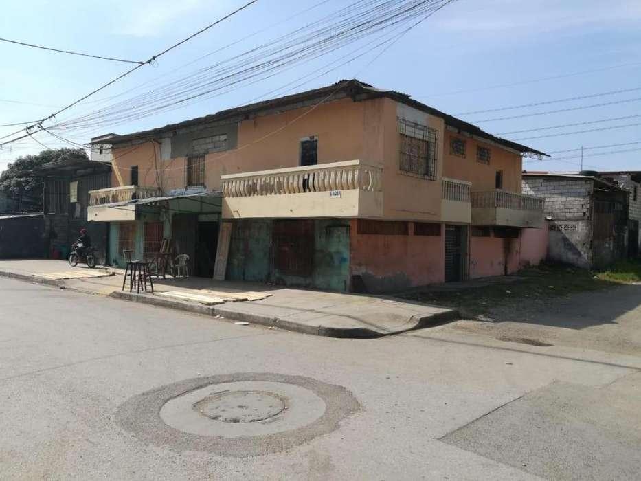 Venta de Terreno Esquinero al Sur de Guayaquil, Cerca de Avenida Domingo Comin, centro de salud union de bananeros