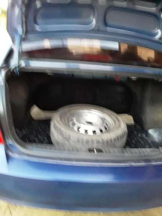 Hyundai Accent 2010 - 200 km