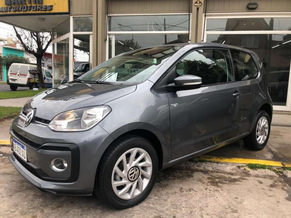 Volkswagen Up! 2017 - 22000 km