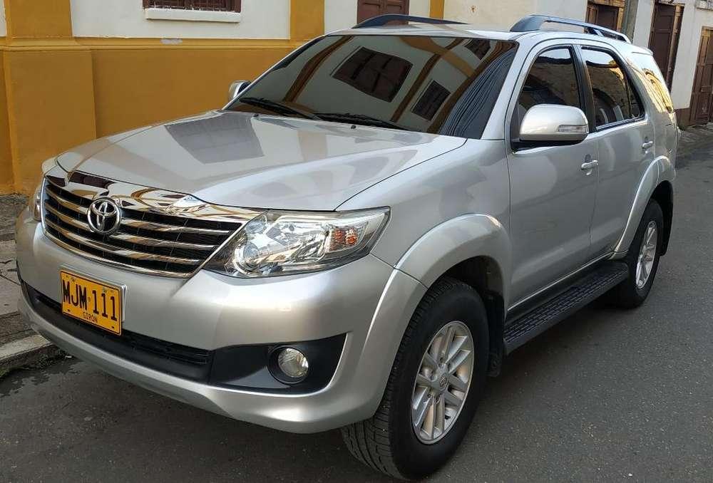 Toyota Fortuner 2013 - 78000 km