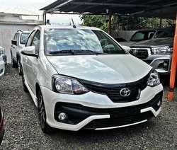 Toyota Etios XLS 5 puertas 6M/T! 0km!