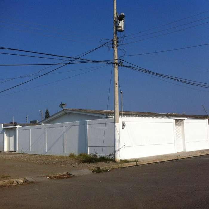 Alquiler de villa en Salinas