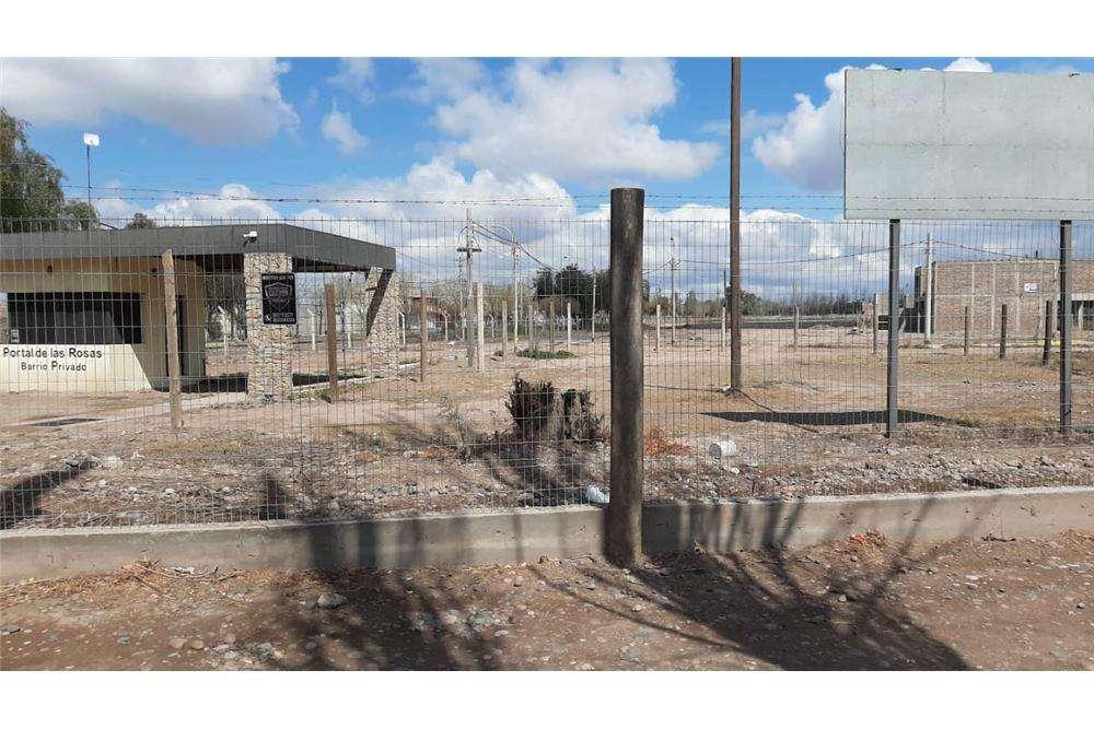 Venta terreno de 800m apto desarrollo en B Privado