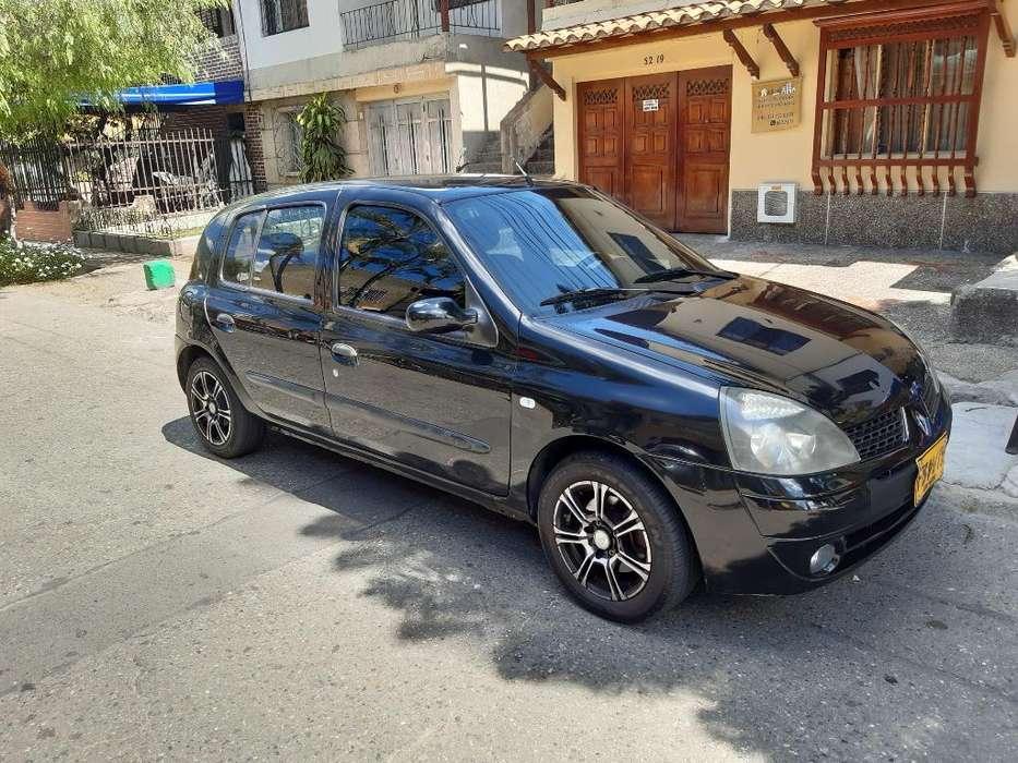 Renault Clio  2006 - 170000 km