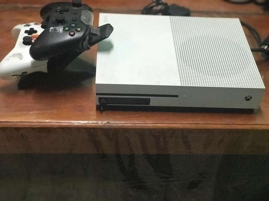 X Box One S 500Gb
