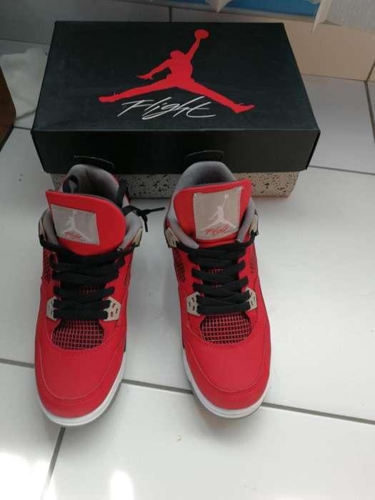 Jordan 4 toro bravo