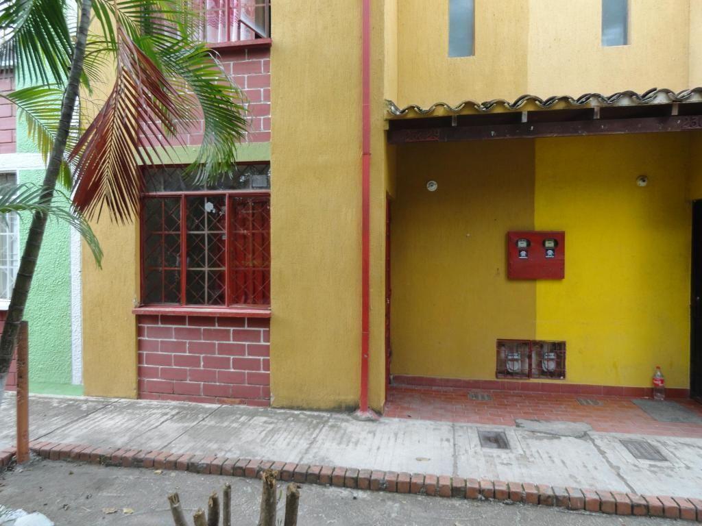 ARRIENDO Apartaestudio Carrizal Giron