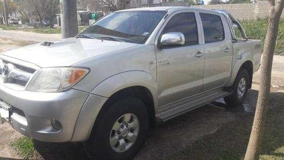 Toyota Hilux 2007 - 248000 km