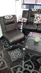 Juego Sala Cuero  Mesa centro y accesorios