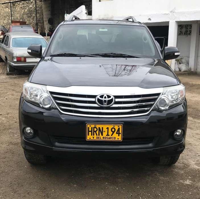 Toyota Fortuner 2014 - 71000 km
