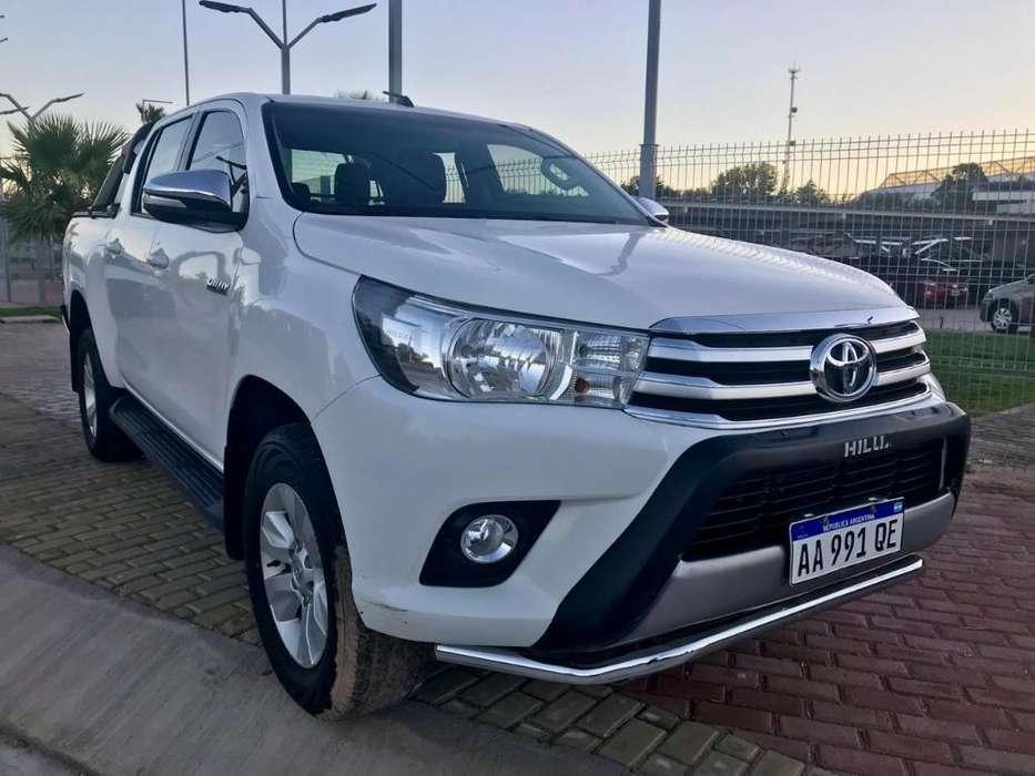 Toyota Hilux 2017 - 132857 km