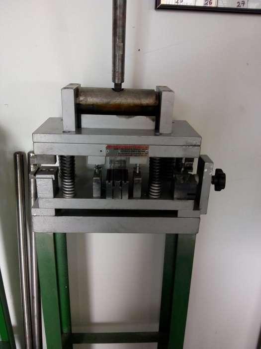 Vendo Troqueles de Lel Sistema 744 Y5020