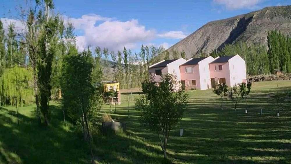 pr92 - Cabaña para 2 a 5 personas con cochera en Chos Malal