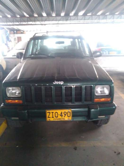<strong>jeep</strong> Cherokee 1998 - 158000 km