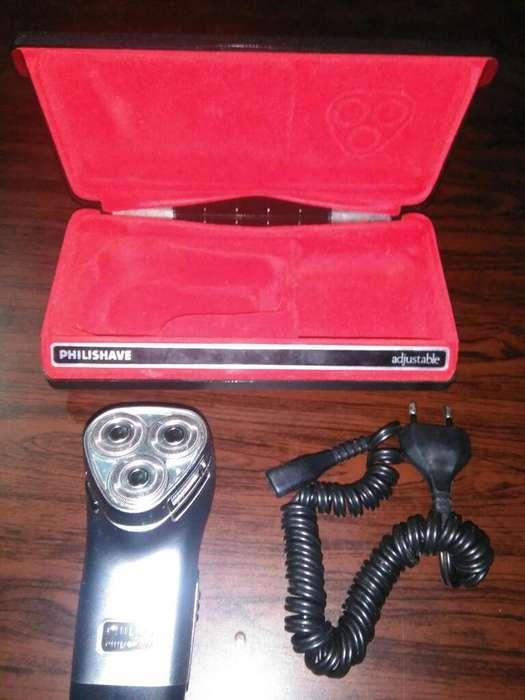 Maquina de Afeitar Fhilips