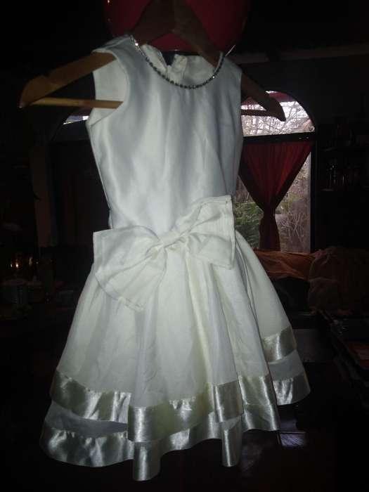 Vendo Vestido para Niña de 04 Años