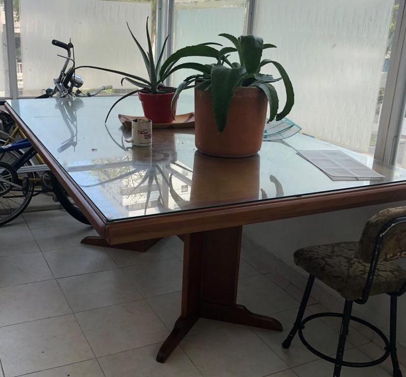Mesa de Guayacan Y Roble