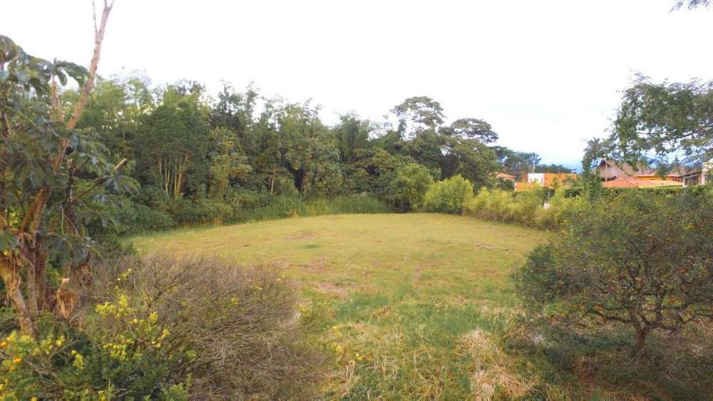 En venta lote en Maracay Condominio Campestre. Pereira - Colombia. Lote.