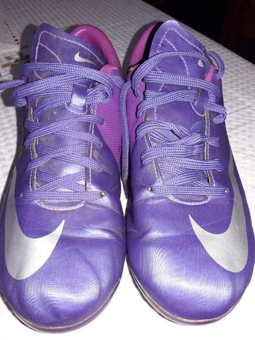 Vendo Botines Nike Mercurial Talle 38
