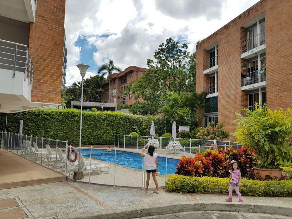 Vendo o Arriendo Apartaestudio calle 69 Elegante moderno en exclusivo sector Av embala Universidad de Ibague