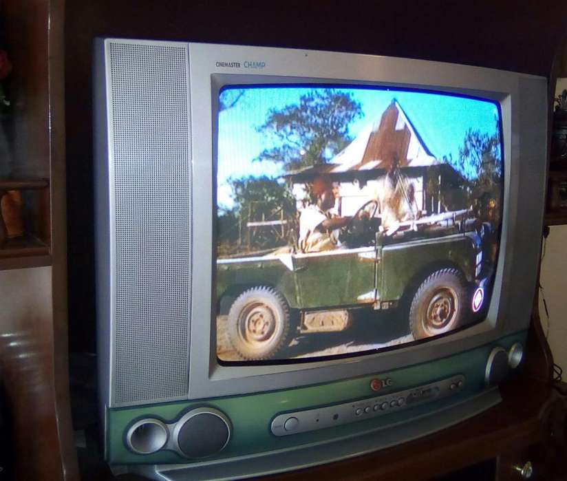 <strong>televisor</strong> MARCA LG 21