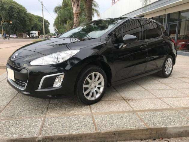 Peugeot 308 2013 - 110000 km