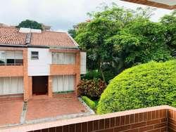 Casa en ronda del vergel remodelada, exclusivo sector campestre elegante y con areas verdes