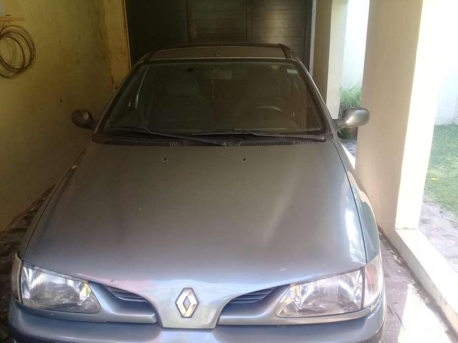 Renault Megane  1999 - 250000 km