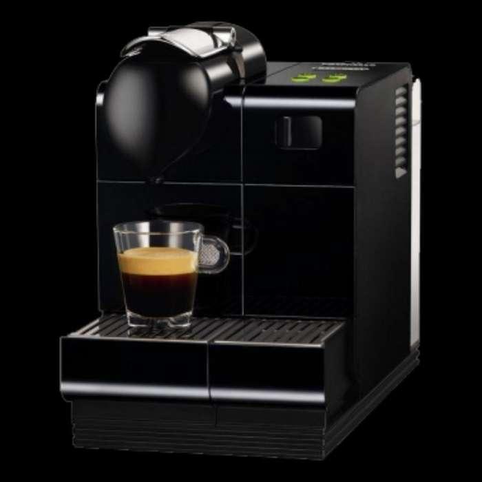 Vendo Cafetera Nespresso Lattissima